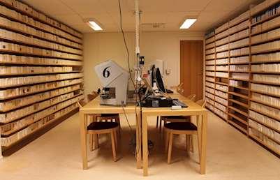 Släktforskarrummet på Falu stadsbibliotek
